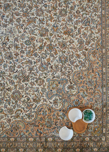 Buy Silk Carpets Online From Carpets Of Kashmir In Mumbai