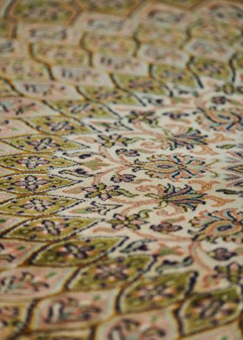 Birch Shahzaneen | Carpets of Kashmir
