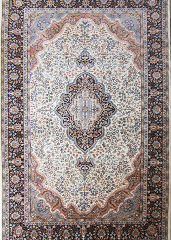 9 by 6 Wool Silk Carpet for Living And Dining Room