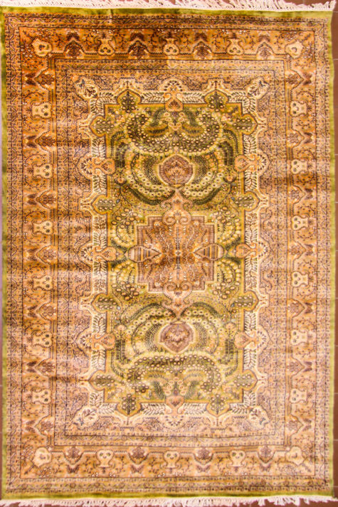 Living room wool silk handmade rug