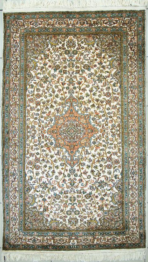 oriental persian design pure silk bedroom rug
